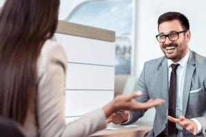 איך מגייסים תותח מכירות לעסק